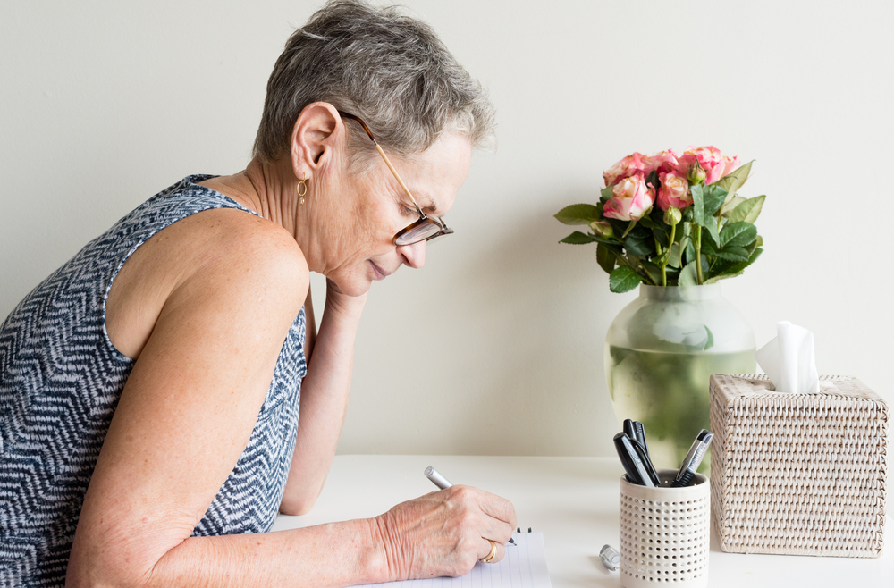 Profile,View,Of,Older,Woman,With,Short,Grey,Hair,And